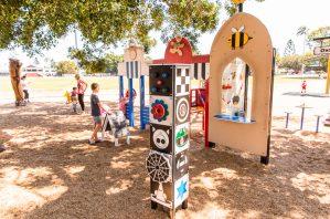 Bulimba Memorial Park playground play high contrast column