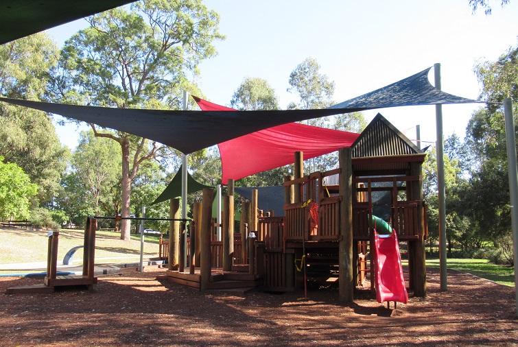 grinstead park playground