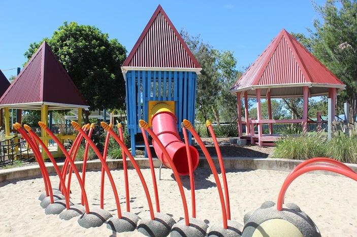 hidden world playground sand animals