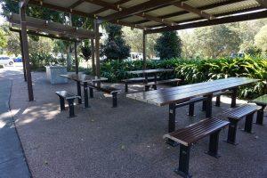 picnic shelter at pine rivers park