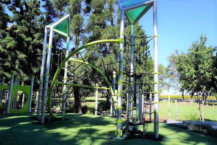 green climbing nets, pine rivers park