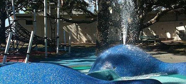 Wynnum-Water-Park-Whales