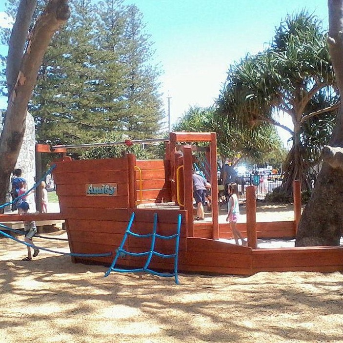 amity playground redcliffe