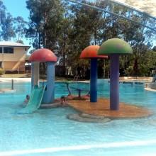 Swimming Pool with splash pad