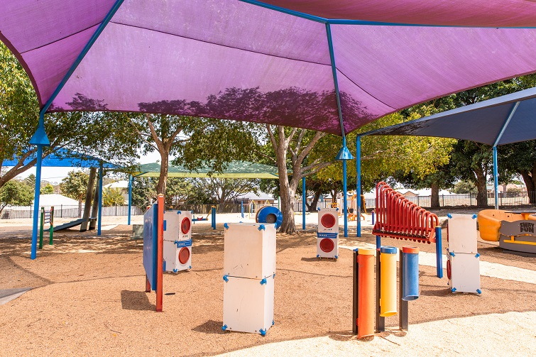 shaded playground kuraby