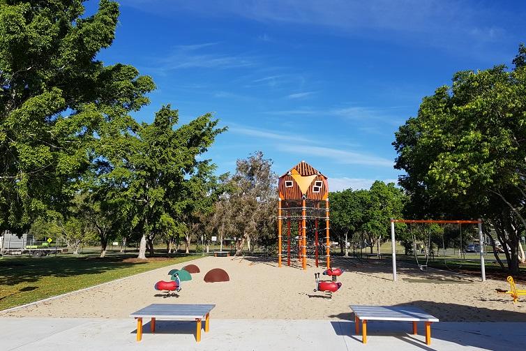 crestmead park playground