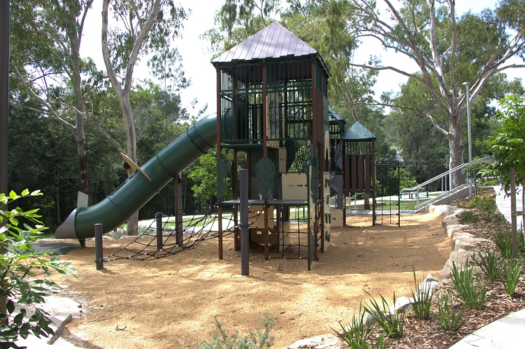 playground at Walton Bridge Reserve