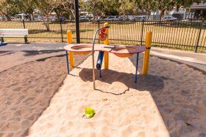 Hawthorne Park digger sand pit table