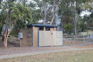 toilet block in maajestic park coorparoo