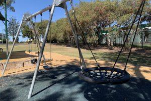 net swing and other swings in ount gravatt park.