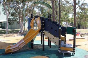 shaded fort playground at mount gravatt