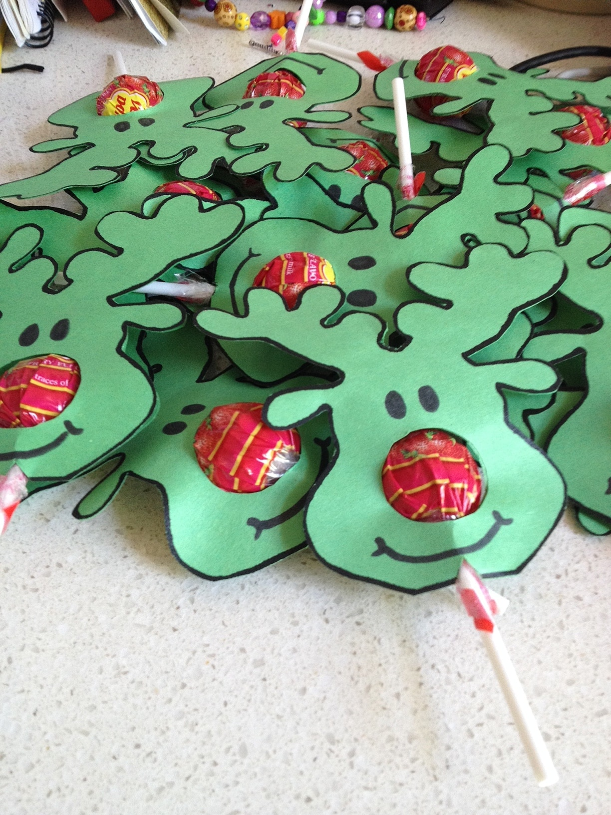 Reindeer chupa chups festive fun brisbane kids for Christmas crafts for older kids