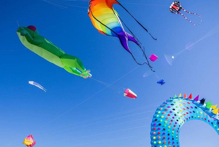 redcliffe kitefest kites