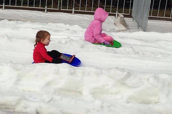 snow for kids toboggon
