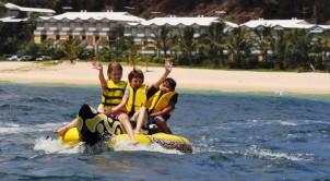 Tangalooma Banana Boats 2