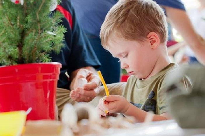 Holly Jolly Kids Christmas, Christmas Craft