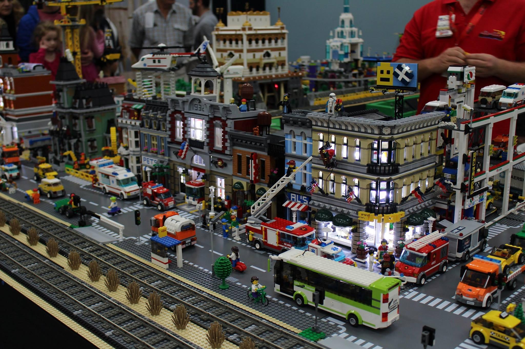 Brisbricks Brisbane Lego 174 Fan Expo 2017 Chandler
