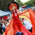 einbunpin festival, roving performer, street festival, stilt walker