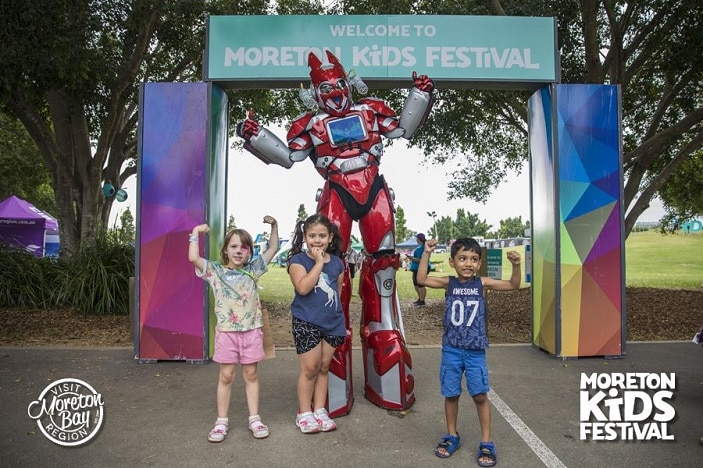 kids with transformer at the entry to moreton kids festival