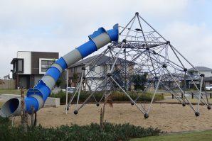 capestone playground mango hill