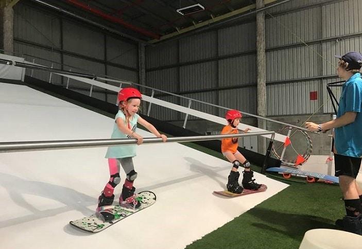 indoor skiiing brisbane