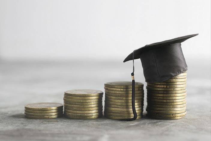 Graduation hat and money