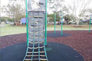climbing walls with netting kids