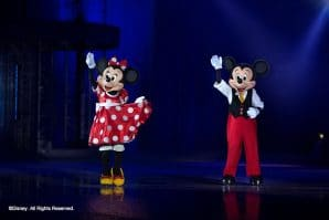 Mickey Mouse and Minnie Mouse Disney on ice celebrates mickey and friends