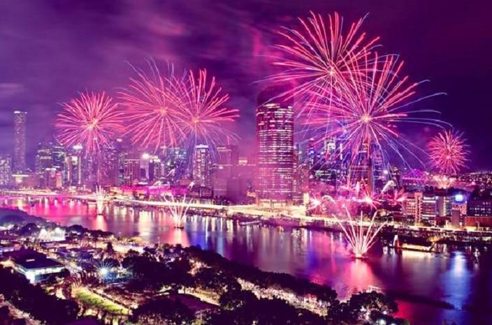 Sunsuper Riverfire, fireworks, brisbane river, brisbane festival
