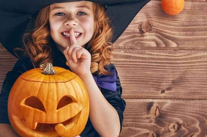 Halloween at the Fangtuary, halloween costume, pumpkin