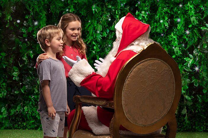 free santa photos at Indooroopilly shopping centre, santa and kids