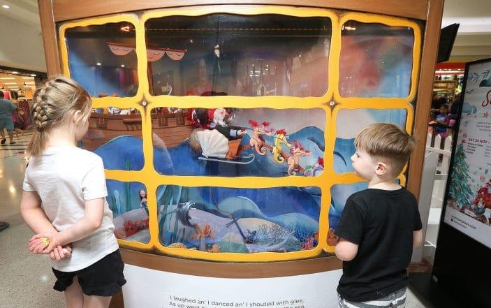 Wynnum Plaza Pirate Christmas window