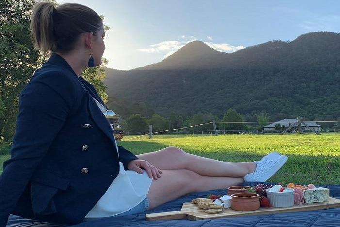 samord valley music under the stars. beautiful samford valley, picnic