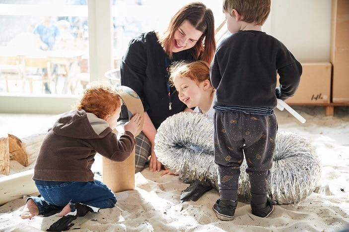 children_teacher_play_guardian
