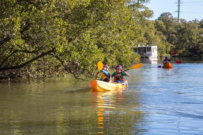 kayaking for kids in brisbane