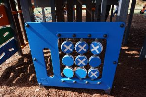 noughts and crosses playground game