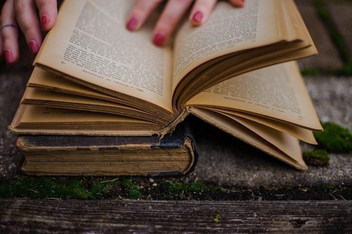 books, lifeline booksale