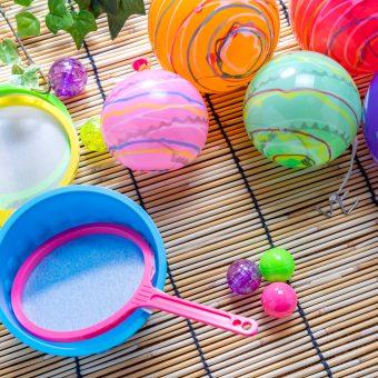 Japanese festivals, balloons, balls scoops