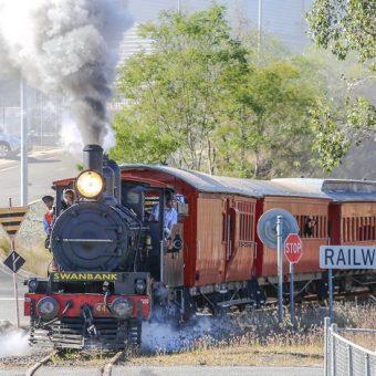 steam train Queensland Pioneer Steam Railway