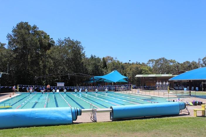 outdoor swimming pool bribie island