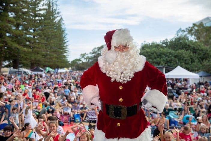 Scarborough Christmas Carols, Santa on stage