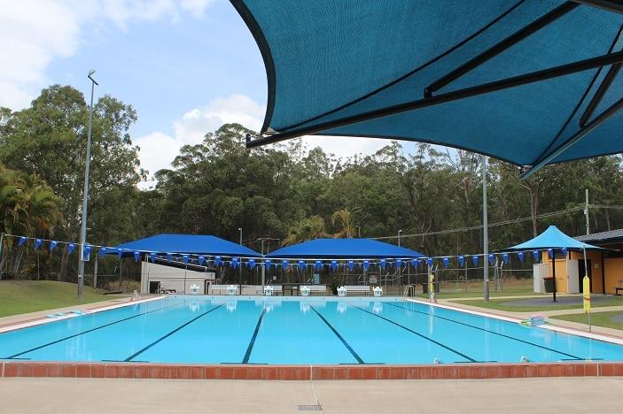 swimming pool woodford