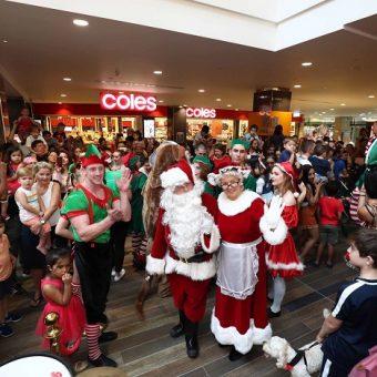Santas arrival parde indooroopilly