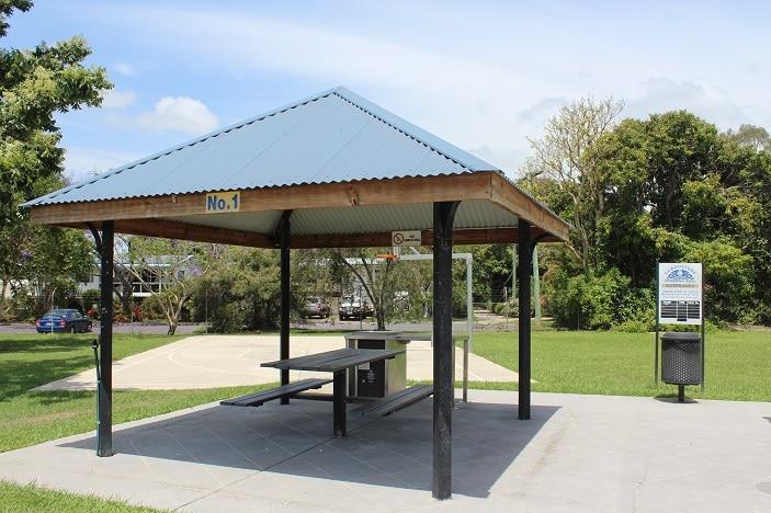caboolture pool picnic area