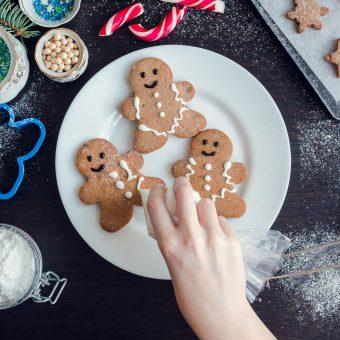 Gingerbread Men decorating