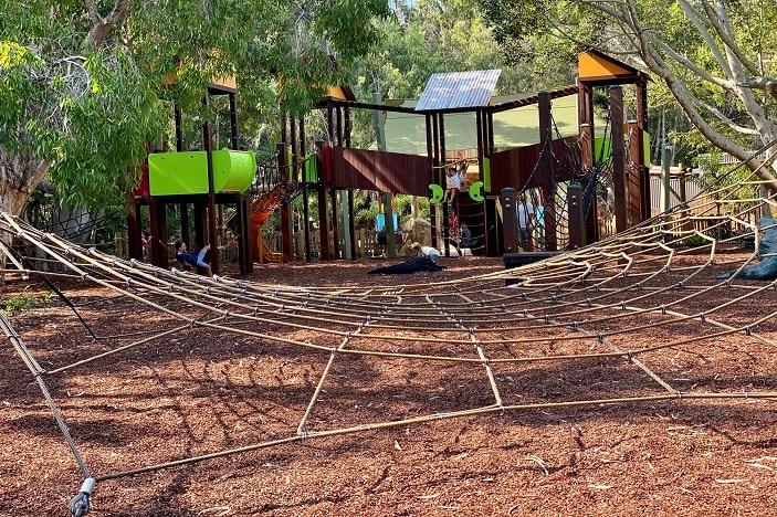 currumbin wildlife sanctuary playground
