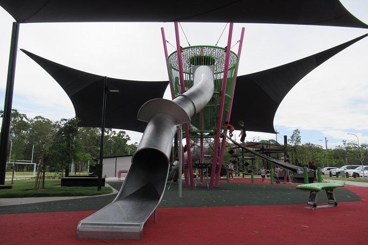 the green carseldine slide entry, carseldine playground
