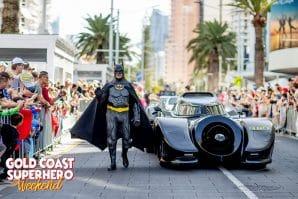 Superhero-Weekend, batman and the bat mobile