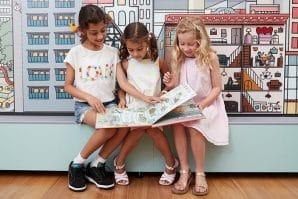 how cities work girls reading books