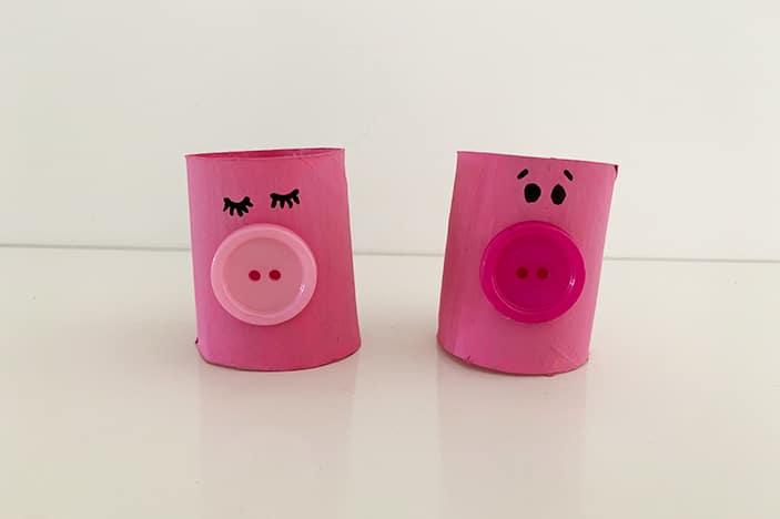 paper roll pig craft